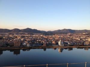 犬山城から見た景色。対岸は岐阜県です